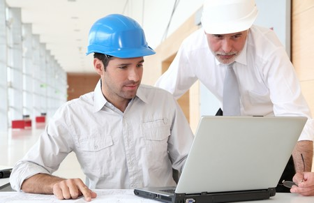 Crédit rénovation ou travaux MultiCredit finance vos travaux faites une demande en ligne pour un prêt personnel
